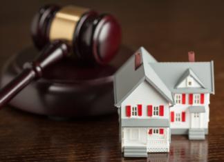 LA Apartment Association Seeks Injunction Over Rent Freeze, Eviction Ban